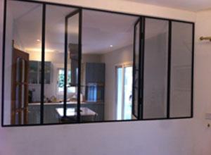 les fen tres la fran aise et portes la fran aise. Black Bedroom Furniture Sets. Home Design Ideas